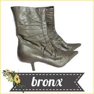 Bronx Shoes - Pointy Toe Stiletto Heel Gathered Leather Bootie